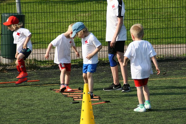 Ilmoita lapsesi HIFK:n elokuun futiskouluun!