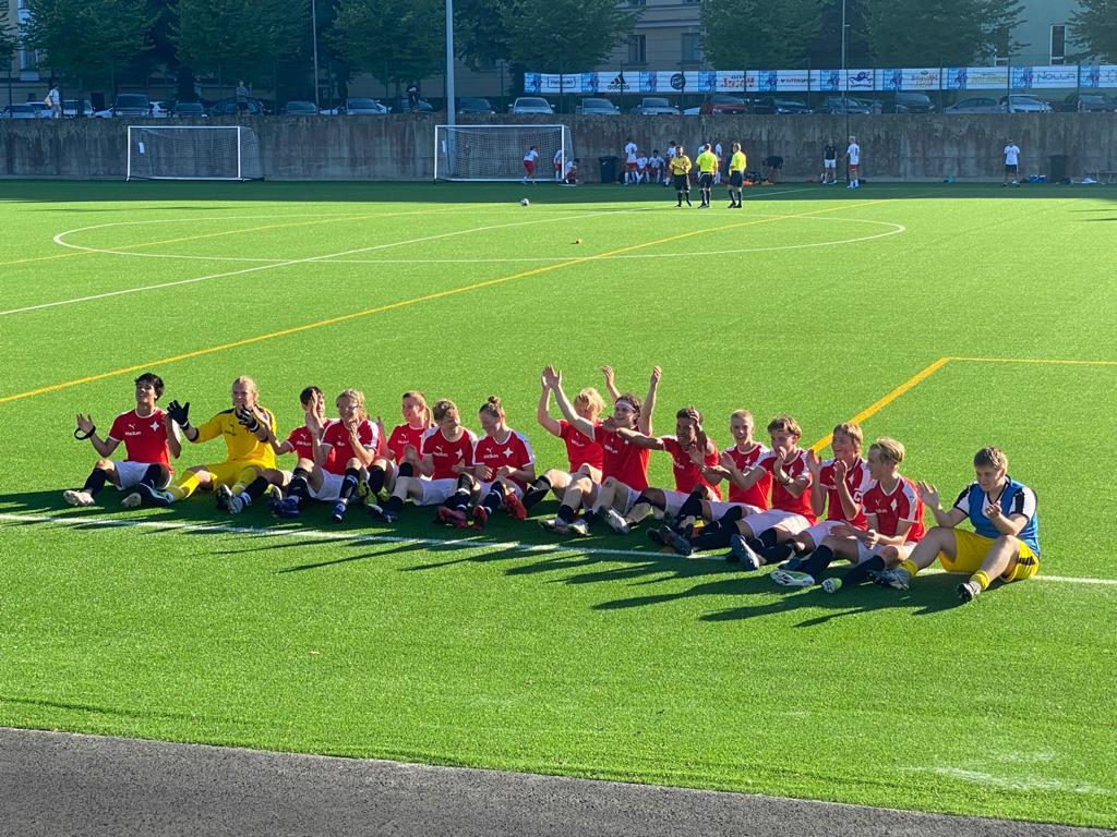 Föreningsveckan: B-juniorerna steg till Ettan, Helsinki Cup är i full gång