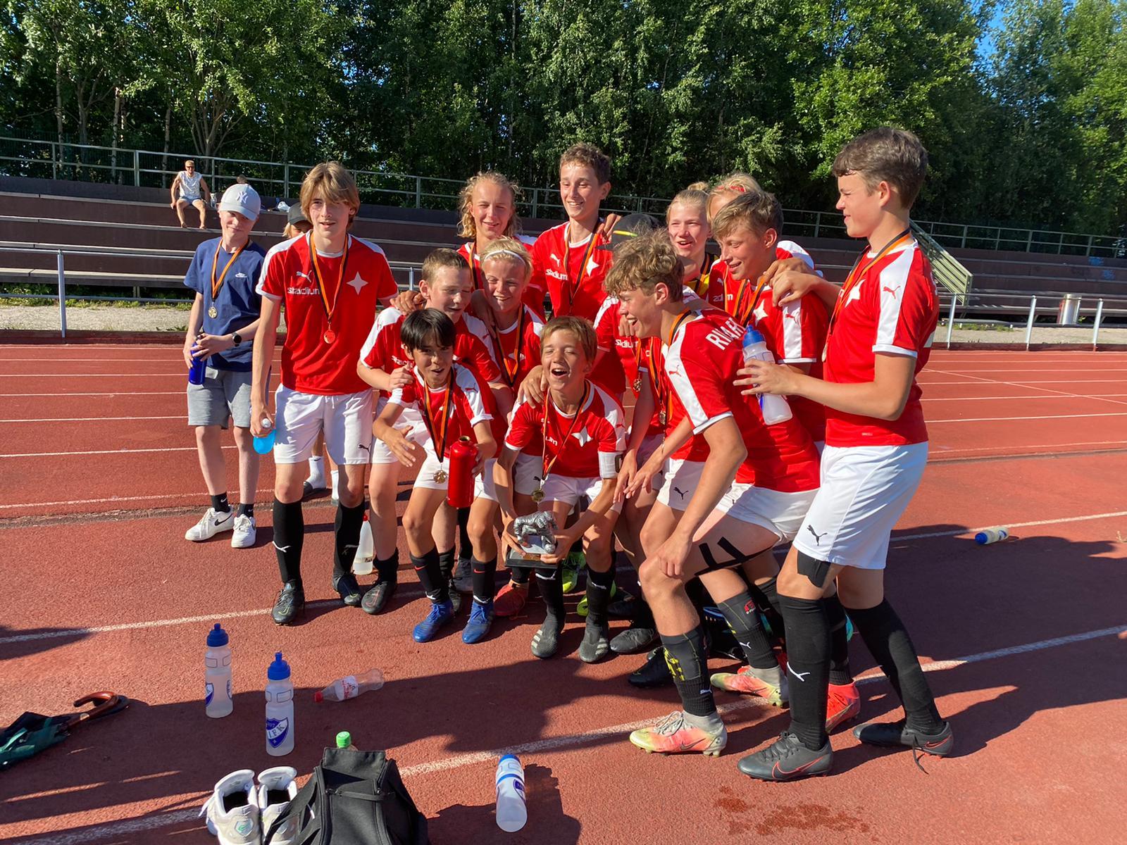 HIFK U15 joukkueelle voitto Lahti Soccer 2021-turnauksesta